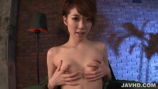 Newbie Japan Babe, Makoto Yuukia, Loves Her Pussy